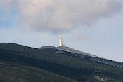 Ingezoomd op Mt. Ventoux vanaf camping