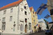 De 'drie zusters' in Tallinn. Deze 3 huizen waren van kooplieden in de Middeleeuwen.
